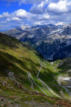 Passo dello Stelvio, Trafoi, Italia by hajnystudio on 500px