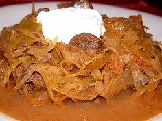 my confort food: szekelykaposzta - hungarian sauerkraut stew. Make in Crockpot! Croatian Recipes, Hungarian Recipes, Hungarian Cuisine, Hungarian Food, Pork Recipes, Cooking Recipes, Easy Recipes, Crockpot, Confort Food