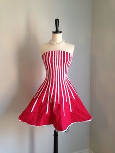 Life is just a circus! Gorgeous red and white striped mini dress size xxs by thewitcheryvintage Black And White Party Dresses, Striped Party Dresses, Party Dresses For Teenagers, Girls Dresses, Red And White Stripes, Your Style, Strapless Dress, Dress Red, 1980s