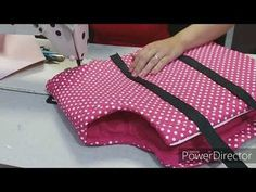 Dog Coat Pattern, Dog Carrier Bag, Pet Spa, Cat Tent, Diy Sac, Diy Dog Bed, Dog Bag, Pet Costumes, Dog Sweaters