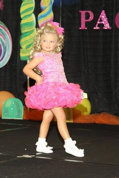 Miss Lola as seen on Toddlers & Tiaras in her awesome dress from Chloe's Choice Formals!