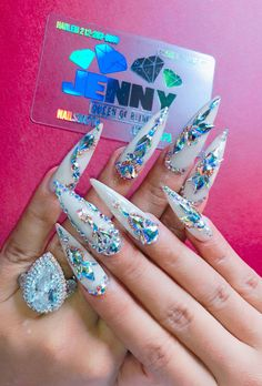 45 Inspirational Stiletto Nails With Rhinestone. Stiletto nails are also known as talon or claw nails. These ultra-pointy nails are cool and sexy. Ongles Bling Bling, Rhinestone Nails, Bling Nails, Swarovski Nails, Jewel Nails, We Heart It Nails, Love Nails, Fun Nails, Gorgeous Nails