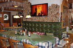 Nehmen Sie sich Zeit zum Genießen in entspannter Atmosphäre. Erleben Sie gepflegte Gastlichkeit im Saschas Kachelofen in Oberstdorf. Familie Diestelkamp freut sich darauf, Sie verwöhnen zu dürfen.
