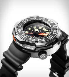 Citizen launches probably the most durable dive watch in their collection. Promaster Eco-Drive Professional Diver Automatic helium release valve, big readable hour markers and more. Best Watches For Men, Cool Watches, Big Watches, Citizen Dive Watch, Timex Watches, Panerai Watches, Citizen Eco, Sport Watches, Citizen Watches