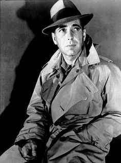 The grand actoe Circa on old portrait Hollywood Men, Classic Hollywood, Bogie And Bacall, Old Portraits, Great Love Stories, Humphrey Bogart, Lauren Bacall, Joan Crawford, Cool Hats