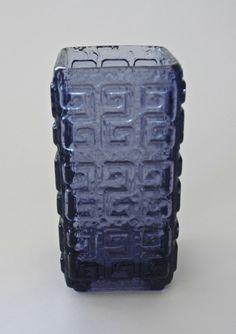 Glass 'Talaari' Vase for Riihimaen Lasi, Finland Stig Lindberg, Glass Ceramic, Vintage Ceramic, Glass Design, Periwinkle, Aladdin, Scandinavian Design, Finland, Vintage Designs