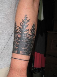 My forest sleeve done by Ish @ HeroesandGhosts in Carytown (unfinished)