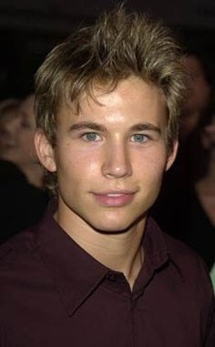 Jonathan Taylor Thomas...What ever happened to this handsome face? ... was SUCH a JTT fan back in the day!
