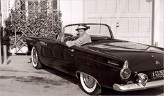 """Frank Sinatra's 1955Ford Thunderbird.  """"—The way you look tonight? I get a kick out of you"""", said Sinatra to his Thunderbird. Probably."""