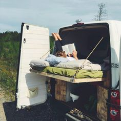 This is my favorite bed design for a diy campervan conversion! I love that the layout allows so much space for storage, organization and room for a kitchen or bathroom inside the camper! Great use of space. This blog has so many #vanlife ideas tips and hacks for living in a van and even inspiration tricks to follow including the best instagram hashtags!