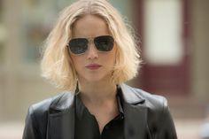 UHQ stills of Jennifer Lawrence in Joy