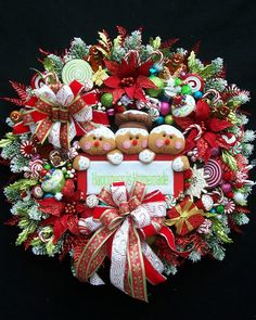 Lg Christmas Winter Holiday Gingerbread Wreath by UpTownOriginals Gingerbread Christmas Decor, Gingerbread Decorations, Christmas Swags, Holiday Wreaths, Xmas Decorations, Holiday Crafts, Christmas Time, Christmas Ornaments, Italian Christmas