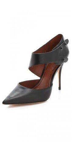 Black Leather Pumps with a twist