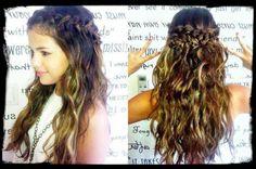 Selena is Hairs