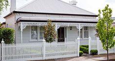 First Impressions: Create a beautiful front garden Cottage Exterior, House Paint Exterior, Exterior House Colors, Exterior Design, Victorian Cottage, French Cottage, Victorian Homes, Modern Victorian, Cottage Style Homes