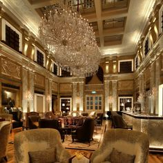 The Imperial Hotel is a places where hospitality and delectable design come together.Enjoy one of the world's most amazing hotel. #ISAACLIGHT lights up this hall with Maria Teresa chandeliers. Made in Italy