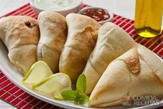 Receita de Esfiha árabe em receitas de salgados, veja essa e outras receitas aqui!
