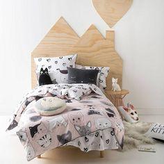 MDF shape behind bed????
