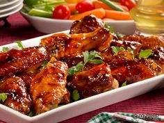 What You'll Need:  4 pounds split chicken wings and drumettes, thawed if frozen 1 cup sweet and sour sauce 1/2 cup honey 1/4 cup Thai sweet ...