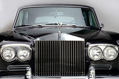 Feature Car Johnny Cash 1970 Rolls Royce Silver Shadow - Barrett-Jackson Auction Company - World's Greatest Collector Car Auctions Auto Rolls Royce, Rolls Royce For Sale, Bentley Rolls Royce, Rolls Royce Silver Shadow, Johnny Cash, Car Hood Ornaments, Celebrity Cars, Car Photos, Fast Cars
