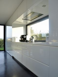 Villa, Kitchen Design, New Homes, Indoor, White Kitchens, Architecture, House, Album, Decoration