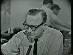 Walter Cronkite announcing the death of President Kennedy, November 1963 [Video/CBS News/approx.] I was only 4 yrs. old but the memory of Walter's announcement is clear and still heart wrenching. American Presidents, American History, Cbs News, News 15, John F Kennedy, Jfk, World History, Historical Photos, Childhood Memories