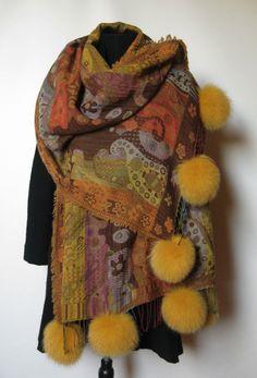 Uld Sjaler m. pels pom pom . Woolen Shawl with fur pom poms made of couloured fox. Handmade Jane Eberlein, Copenhagen, Demark. www.samarkand.dk