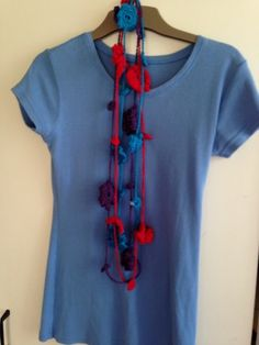 Mria Williams: Even more crochet necklaces Crochet Necklace, Necklaces, How To Make, Handmade, Blue, Fashion, Moda, Hand Made, Fashion Styles
