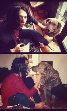 Ezra miller being affectionate with his dog Beautiful People, Beautiful Person, Sean O'pry, Ezra Miller, Sirius Black, Attractive People, Fantastic Beasts, Handsome Boys, Eye Candy