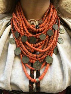 Coral Jewelry, Tribal Jewelry, Bohemian Jewelry, Wire Jewelry, Jewelry Art, Beaded Jewelry, Jewelery, Handmade Jewelry, Beaded Necklace