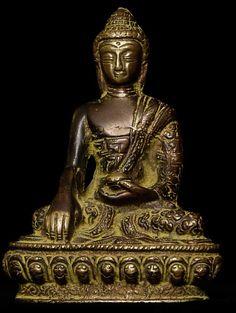 Vintage Copper/Bronze Nepalese Buddha.