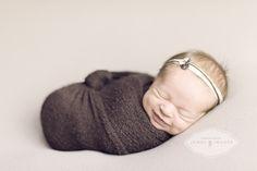 Hi there smiling baby! | Jewel Images Bend, Oregon Newborn Photographer www.jewel-images.com #newborn #photography #newbornphotographer #jewelimages