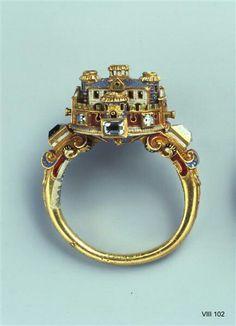16th C castle ring