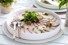 Das Rezept für Puten-Carpaccio mit Thunfischcreme und weitere kostenlose Rezepte auf LECKER.de