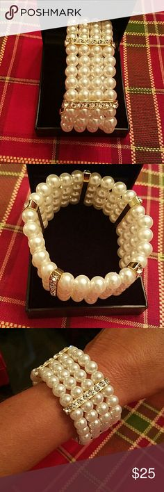 Expansion pearl/rhinestone bracelet Beautiful expansion pearl/rhinestone bracelet by Ann Klein. Wore only once for wedding. Ann Klein Jewelry Bracelets