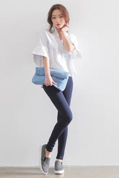 Today's Hot Pick :スキッパーネックストライプシャツブラウス http://fashionstylep.com/SFSELFAA0024066/stylenandajp/out