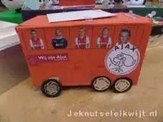 sinterklaas surprise Ajax bus