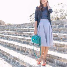 stitch-fix-midi-skirt Modest Fashion, Skirt Fashion, Fashion Outfits, Runway Fashion, Fashion Ideas, Women's Fashion, Fashion Trends, Pretty Outfits, Cute Outfits