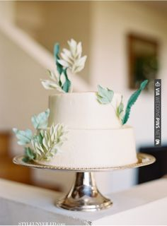 Jen Huang Wedding Photography / beautiful wedding cake with green details / via Style Unveiled | CHECK OUT MORE IDEAS AT WEDDINGPINS.NET | #weddings #weddingcakes #cakes #events #forweddings #ilovecake #romance #baking