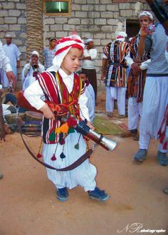 Algerian Traditional Dress The Lovely Planet People