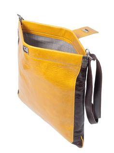 Ingrid Umhängetasche  Handtasche aus Leder, flaches Auftreten #Tasche