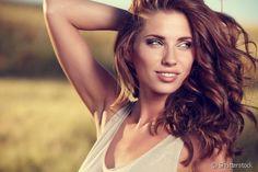 Saiba como restaurar e proteger os seus cabelos de agressões como coloração, calor entre outras em apenas três passos