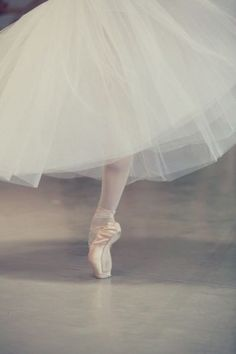 Ballet du Capitole ♥ Wonderful! www.thewonderfulworldofdance.com #ballet #dance