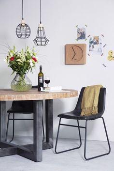 Op zoek vernieuwende items voor je eetkamer? Deze trendy eetkamerstoel zit heerlijk!