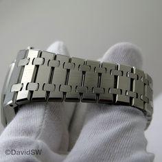 Audemars Piguet Royal Oak Chronograph with Silver Dial (New Model) – David SW Ap Royal Oak, Audemars Piguet Royal Oak, New Model, Chronograph, David, Watches, Bracelets, Silver, Accessories