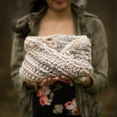The Twist Cowl Pattern - Lion Brand Wool Ease Thick and Quick Yarn