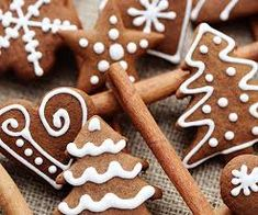 Czech people know how to make a sweet xmas! Gingerbread Cookies, Christmas Cookies, Fika, Scandinavian Christmas, Xmas, Baking, Sweet, People, Crack Crackers