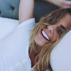 nudit: fhlorai: indie/boho Perfect teeth omg Nice teeth and perfect smile discover how to like this Perfect Teeth, Perfect Smile, Beautiful Smile, Beauty Makeup, Hair Makeup, Hair Beauty, Pretty People, Beautiful People, Head Band