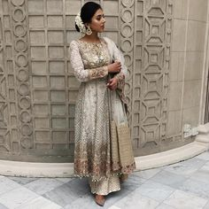 in this stunning outfit. Love the whole look Pakistani Wedding Outfits, Pakistani Bridal Dresses, Pakistani Dress Design, Bridal Outfits, Indian Dresses, Indian Outfits, Emo Outfits, Trendy Outfits, Desi Wear