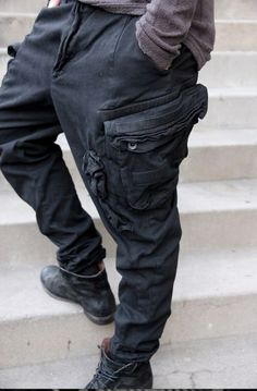 Julius 2011 Classic Cargo Pants Size 30  300 e135a68e9cf3